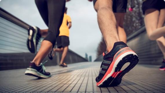 Thử Thách Tháng 12 - DenLu Runners