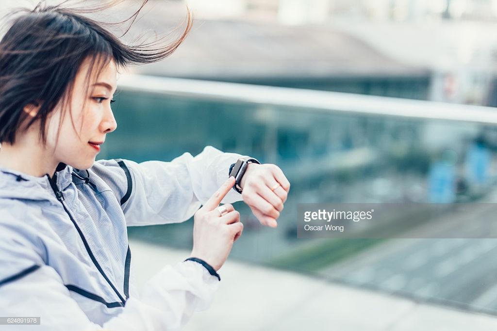 Review 9 chiếc đồng hồ GPS cho runner 84RACE (phần 1)