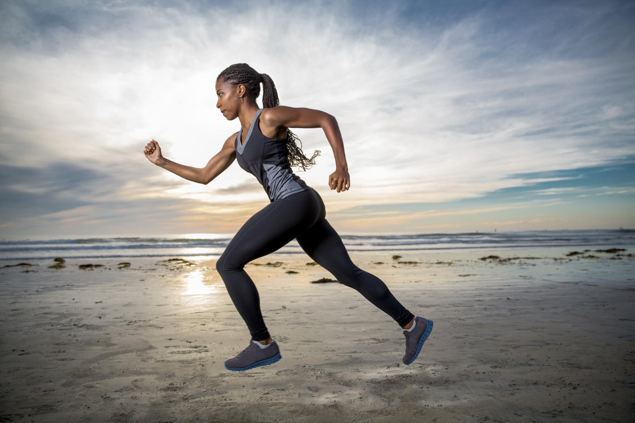 Tám cùng 84RACE: Quần áo runner bó bao nhiêu là đủ?