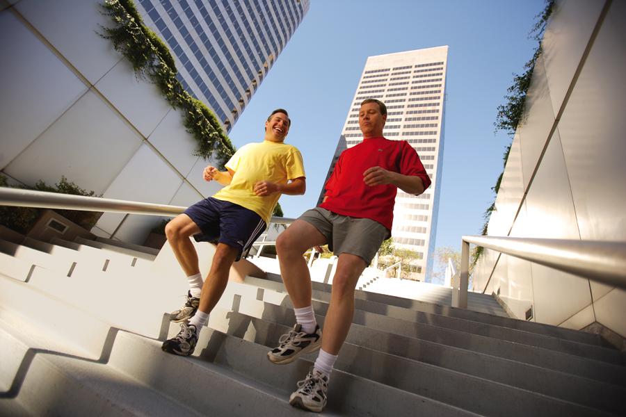 Runner 84RACE đọc bài này chắc chắn sẽ thêm yêu chiếc cầu thang bộ!