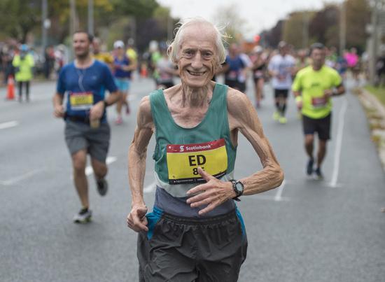Ngưỡng mộ cùng 84RACE: Các già gân trên đường chạy