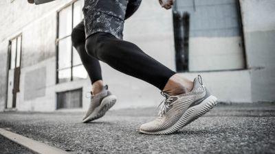 INFOGRAPHIC: Chắc runner 84RACE sẽ cần trước khi thay giày chạy (phần 2)