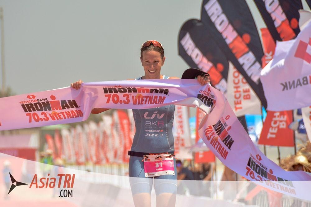 run, runner, running, marathon, chạy, chạy bộ, thử thách, thử thách chạy bộ, 3 môn phối hợp, ironman, ironman70.3, 84RACE, unlimited chain, techcombank